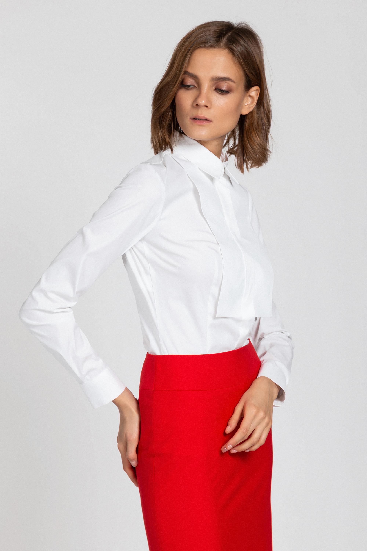 Классическая блузка с оригинальной манишкой VASSA&Co