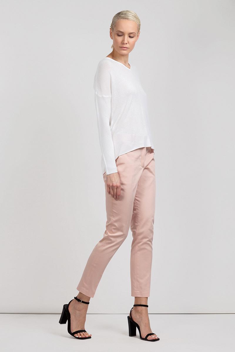 Зауженные укороченные брюки с боковыми карманами VASSA&Co