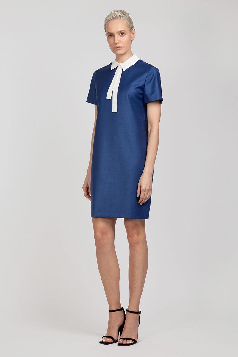 Платье прямого силуэта с коротким рукавом и съемным воротником VASSA&Co