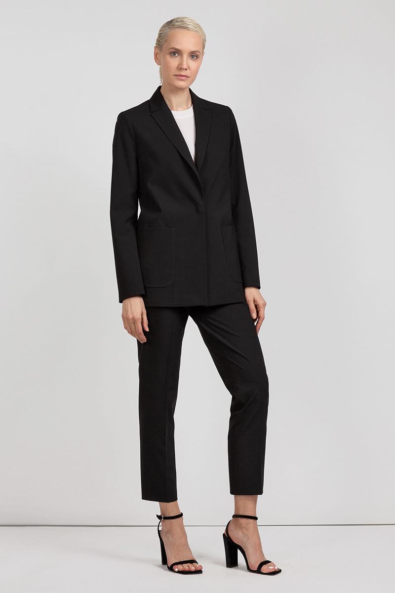 Жакет в мужском стиле с накладными карманами VASSA&Co