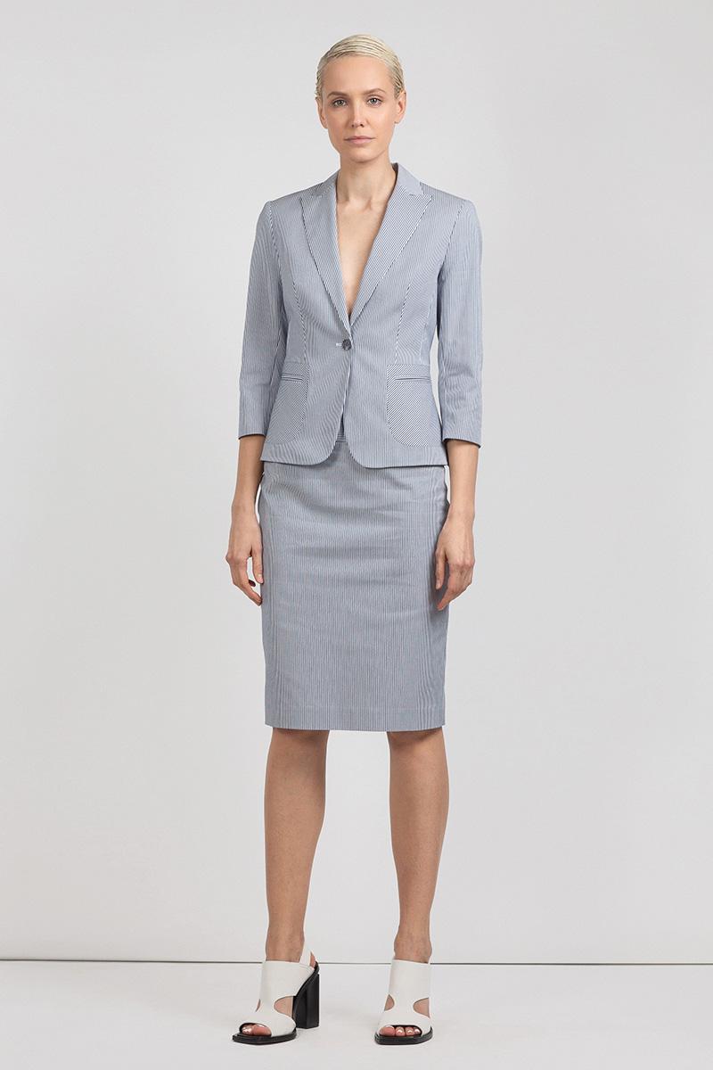 Классическая юбка в полоску на широком поясе VASSA&Co цена и фото