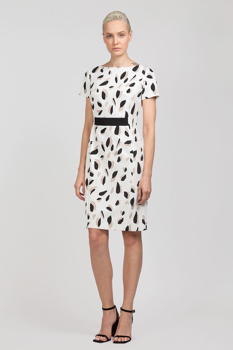 Приталенное платье с принтом и коротким рукавом VASSA&Co