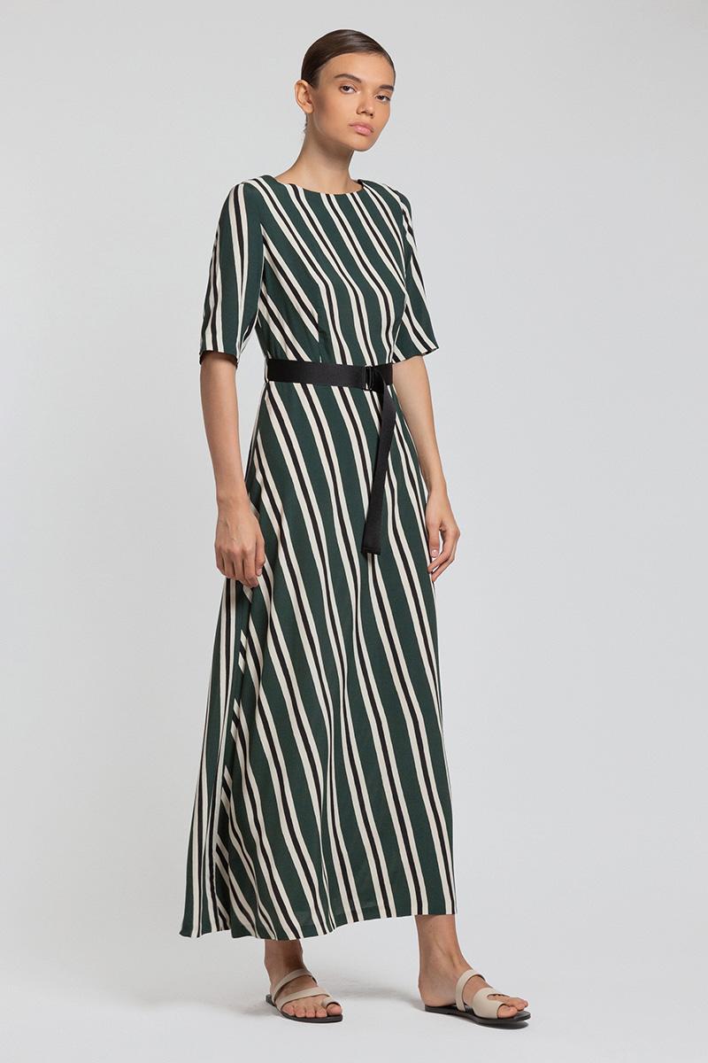 Платье макси из вискозы с коротким рукавом и поясом стропы VASSA&Co