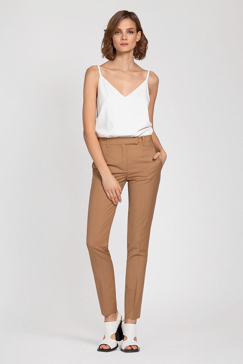 Классические брюки зауженного кроя VASSA&Co