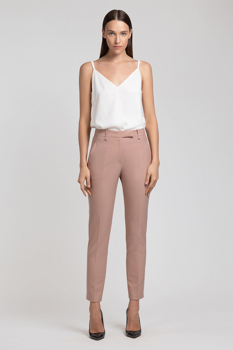 Укороченные брюки зауженного кроя VASSA&Co