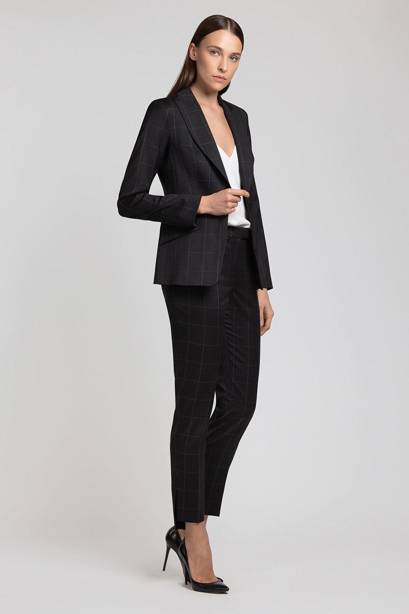 Шерстяные брюки с перепадом длин VASSA&Co