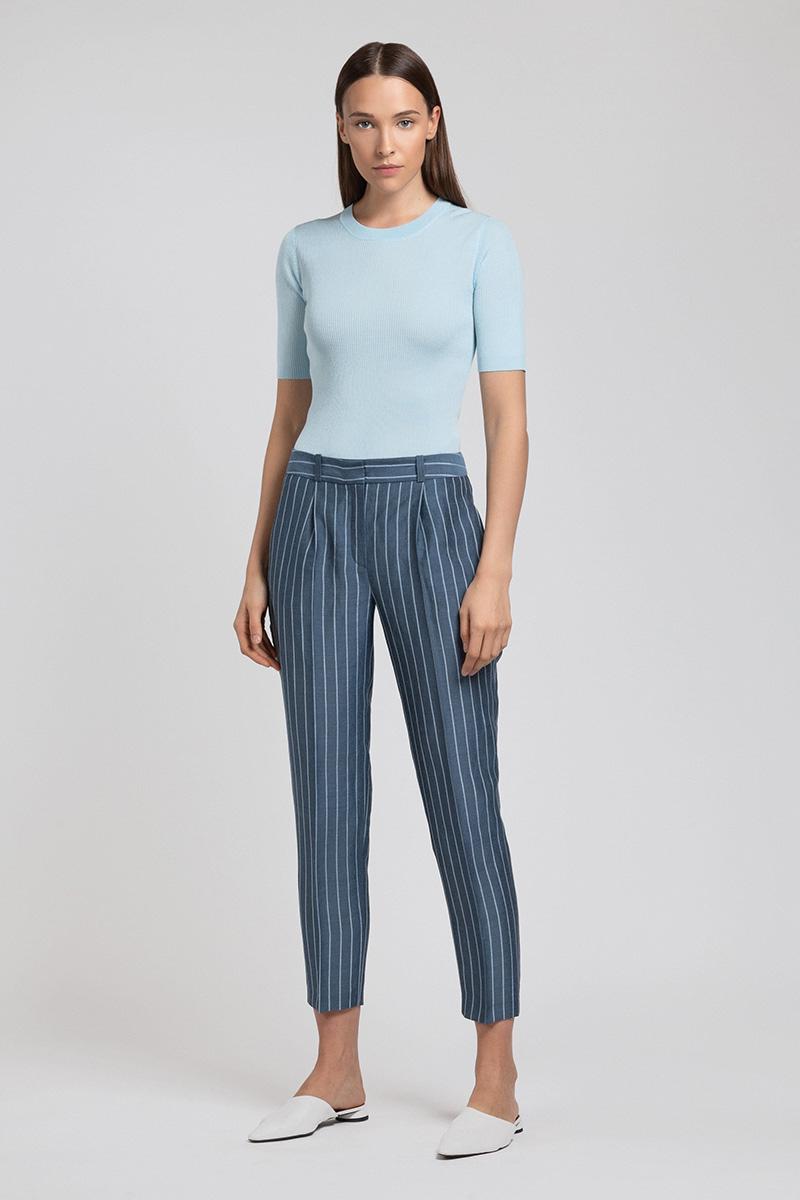 Укороченные брюки в полоску с защипами по поясу VASSA&Co