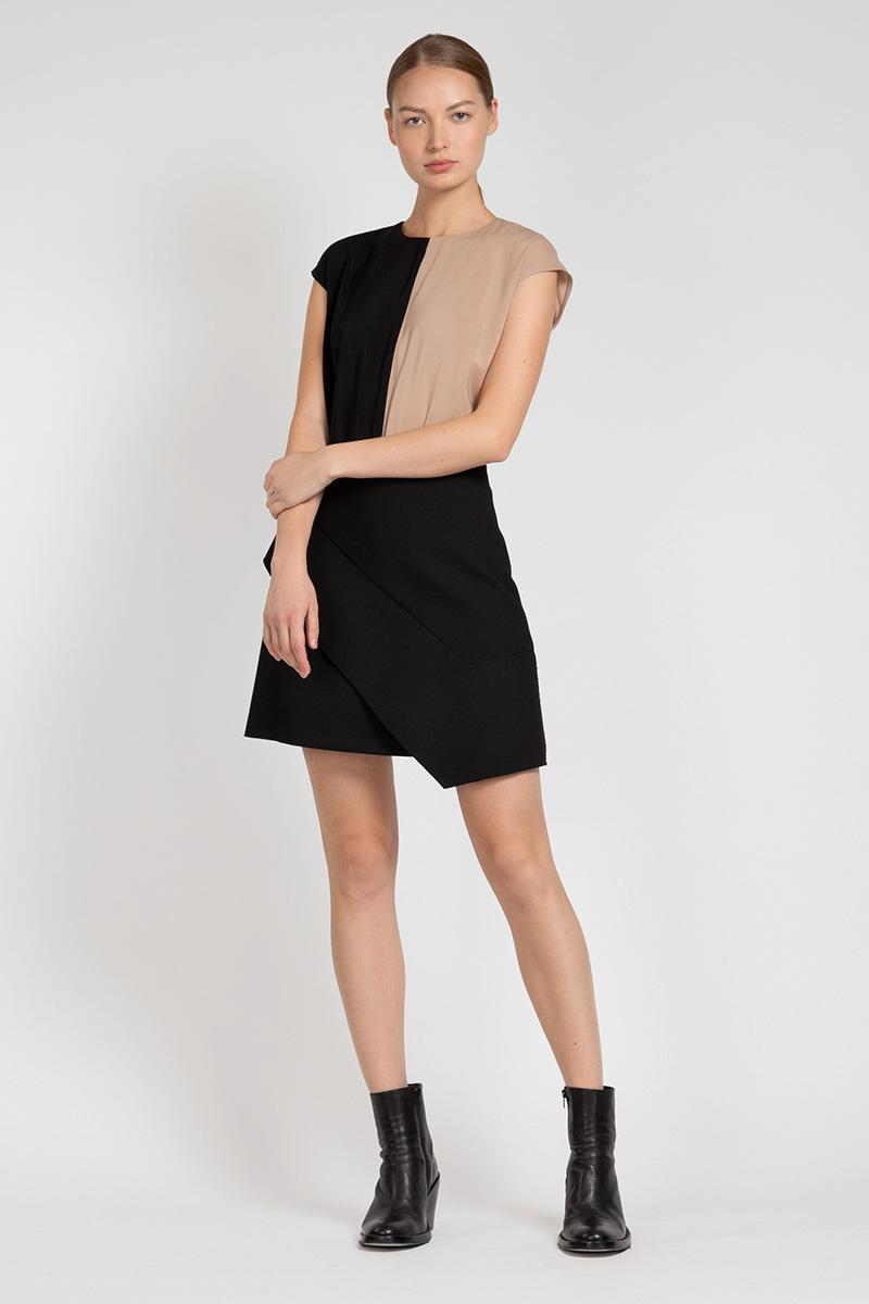 Юбка с широкой асимметричной деталью VASSA&Co приталенное платье с асимметричной молнией vassa