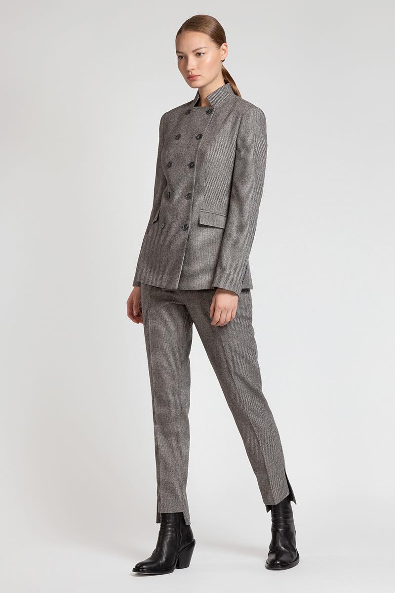 Зауженные брюки с перепадом длины VASSA&Co