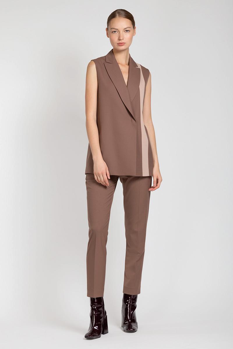 цена на Классические прямые брюки со стрелками VASSA&Co