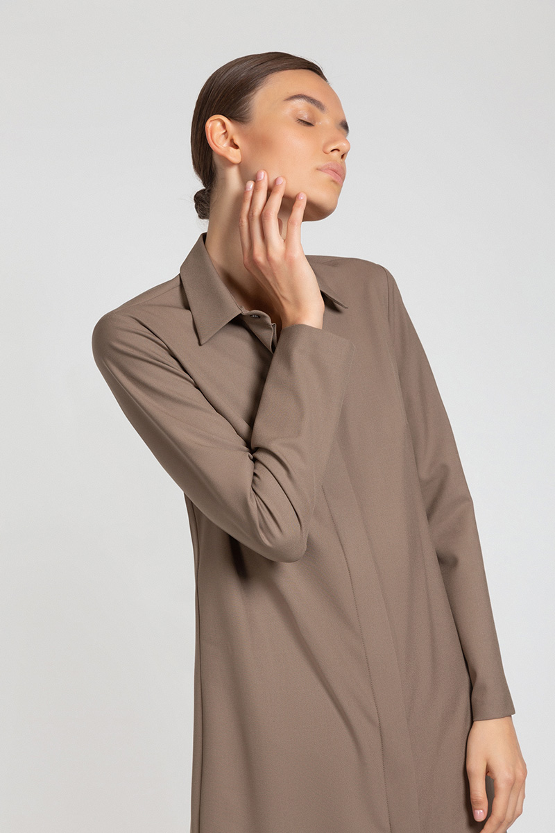 Платье-рубашка с асимметричной деталью VASSA&Co приталенное платье с асимметричной молнией vassa