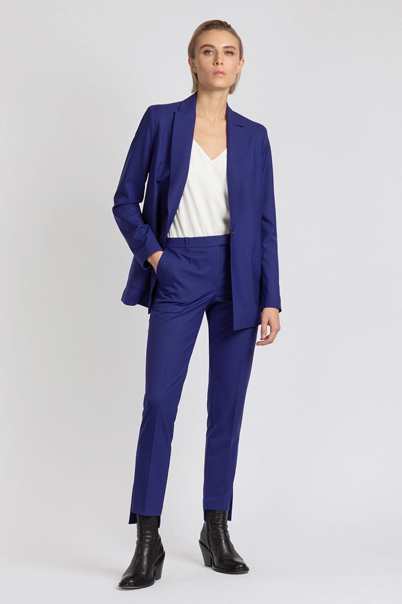 Классические брюки с перепадом длины VASSA&Co