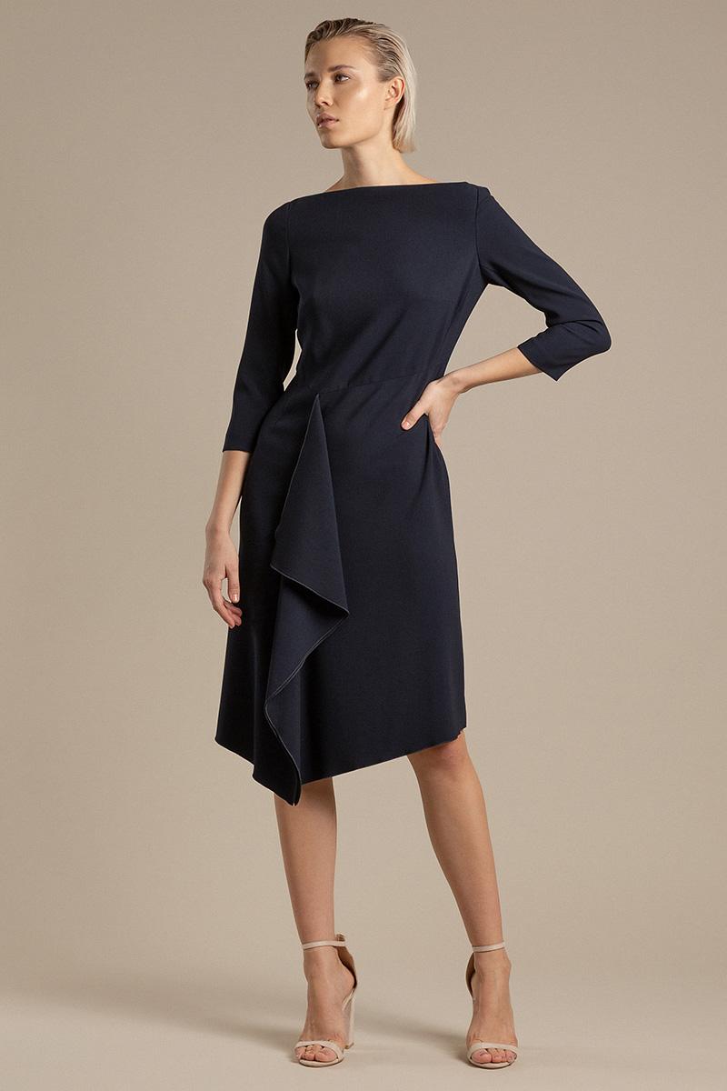 Элегантное платье с асимметричной драпировкой VASSA&Co фото