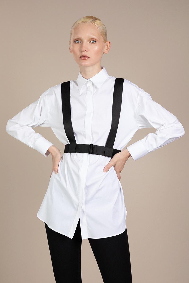 Удлиненная блузка с контрастными стропами VASSA&Co фото