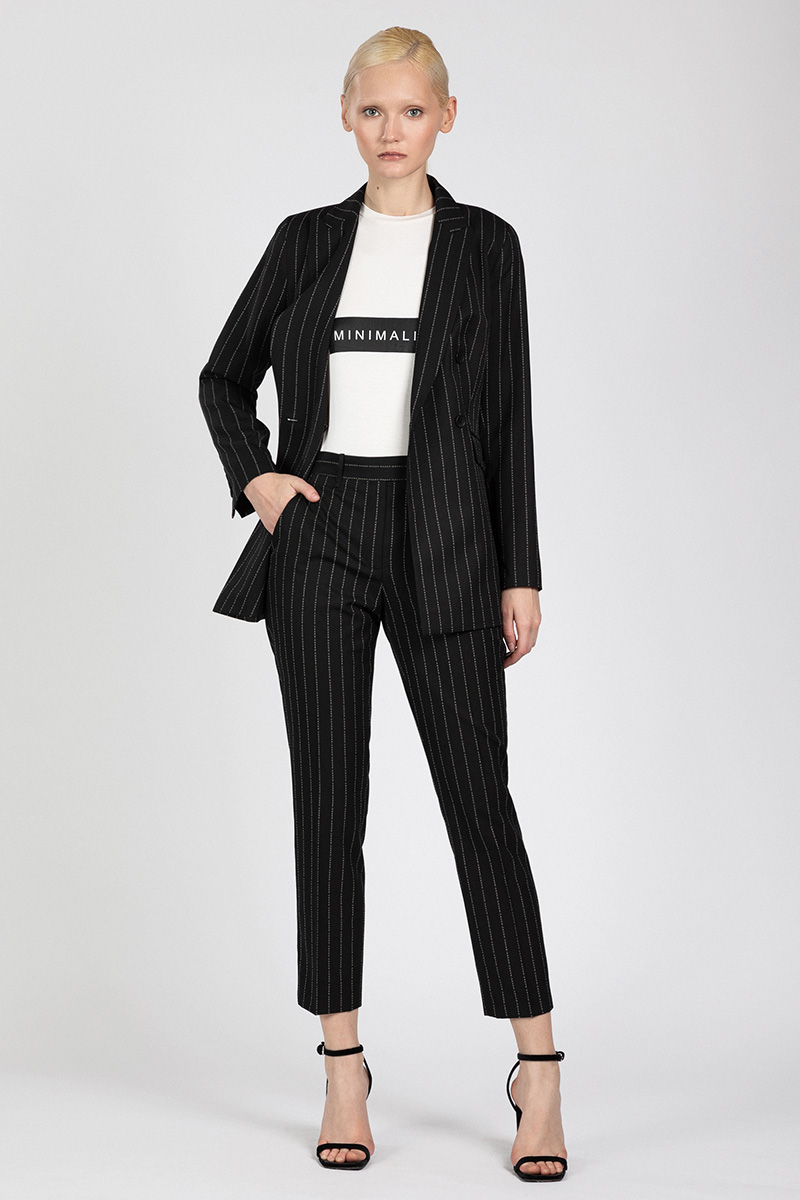 Зауженные брюки с фирменным дизайном VASSA&Co VASSA&Co фото