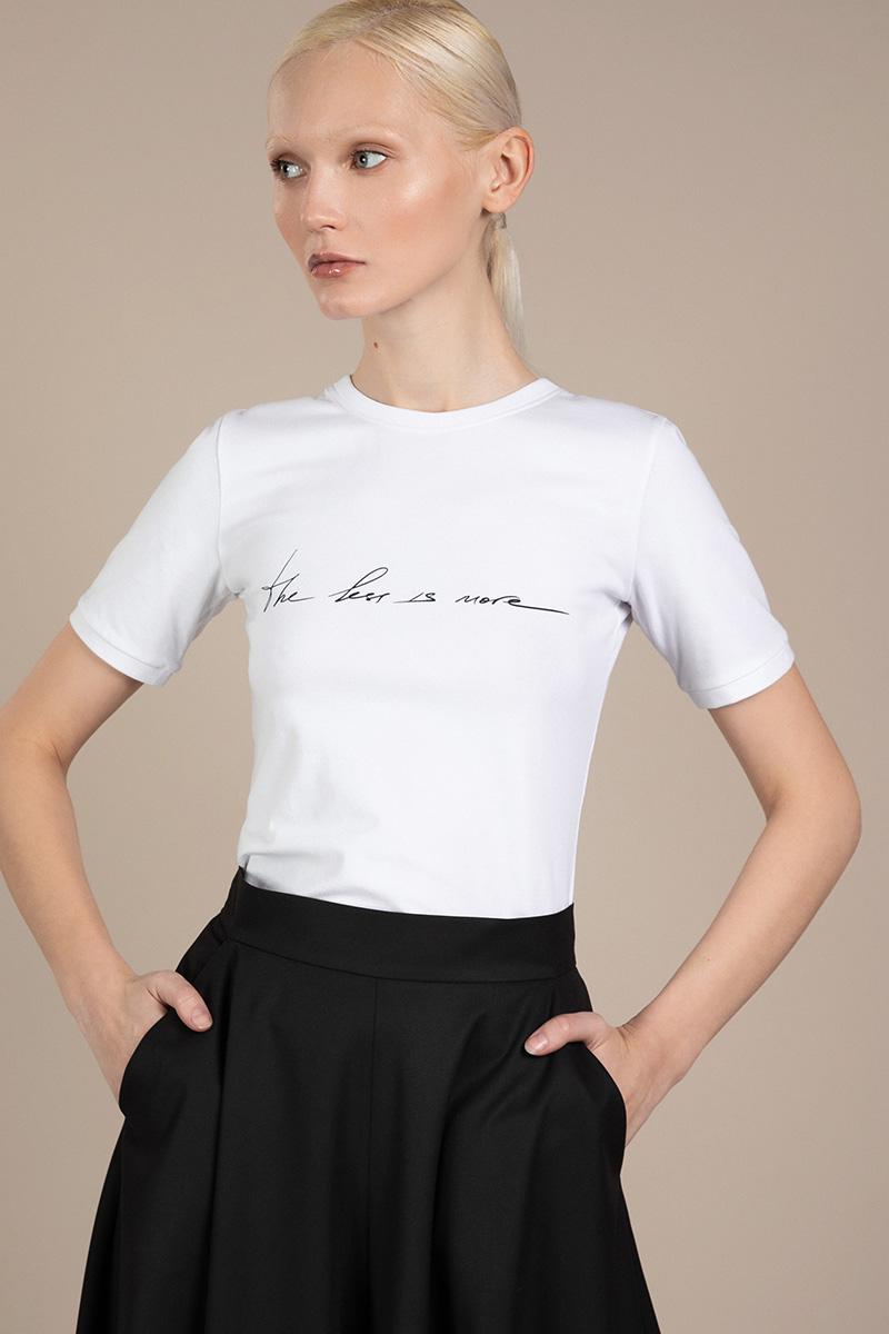 Базовая футболка с дизайнерским принтом VASSA&Co фото