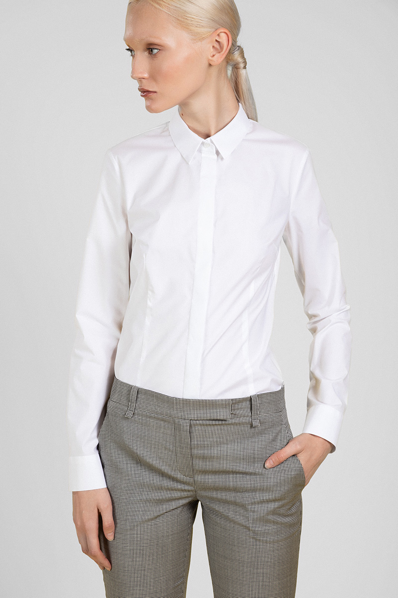 Лаконичная блузка рубашечного кроя VASSA&Co фото
