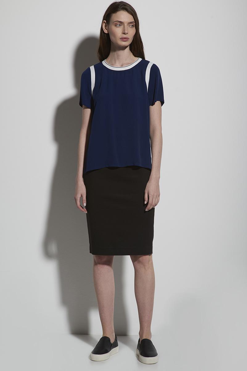 Классическая юбка черного цвета с молнией VASSA&Co фото