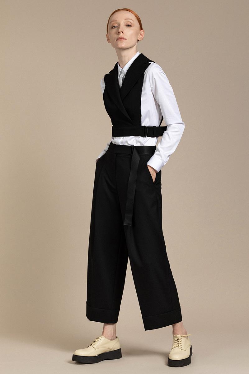 Оригинальный жилет - манишка VASSA&Co фото