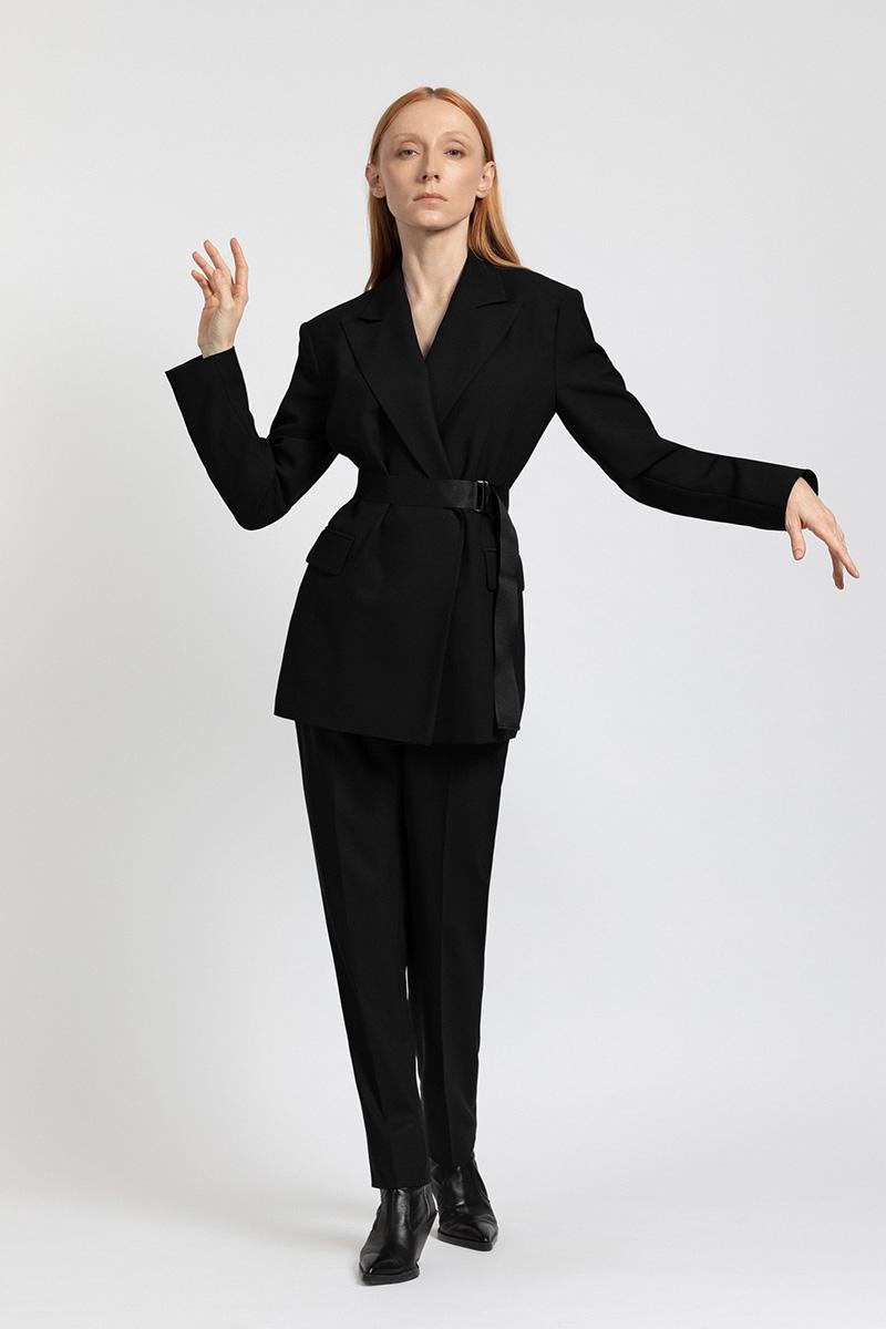 Жакет oversize с акцентом на линию плеча VASSA&Co фото